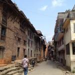 殴られたネパール人と吃音者の共通点
